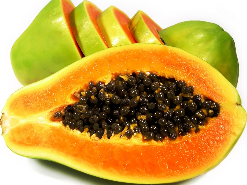 Экзотические фрукты Шри-Ланки папайя