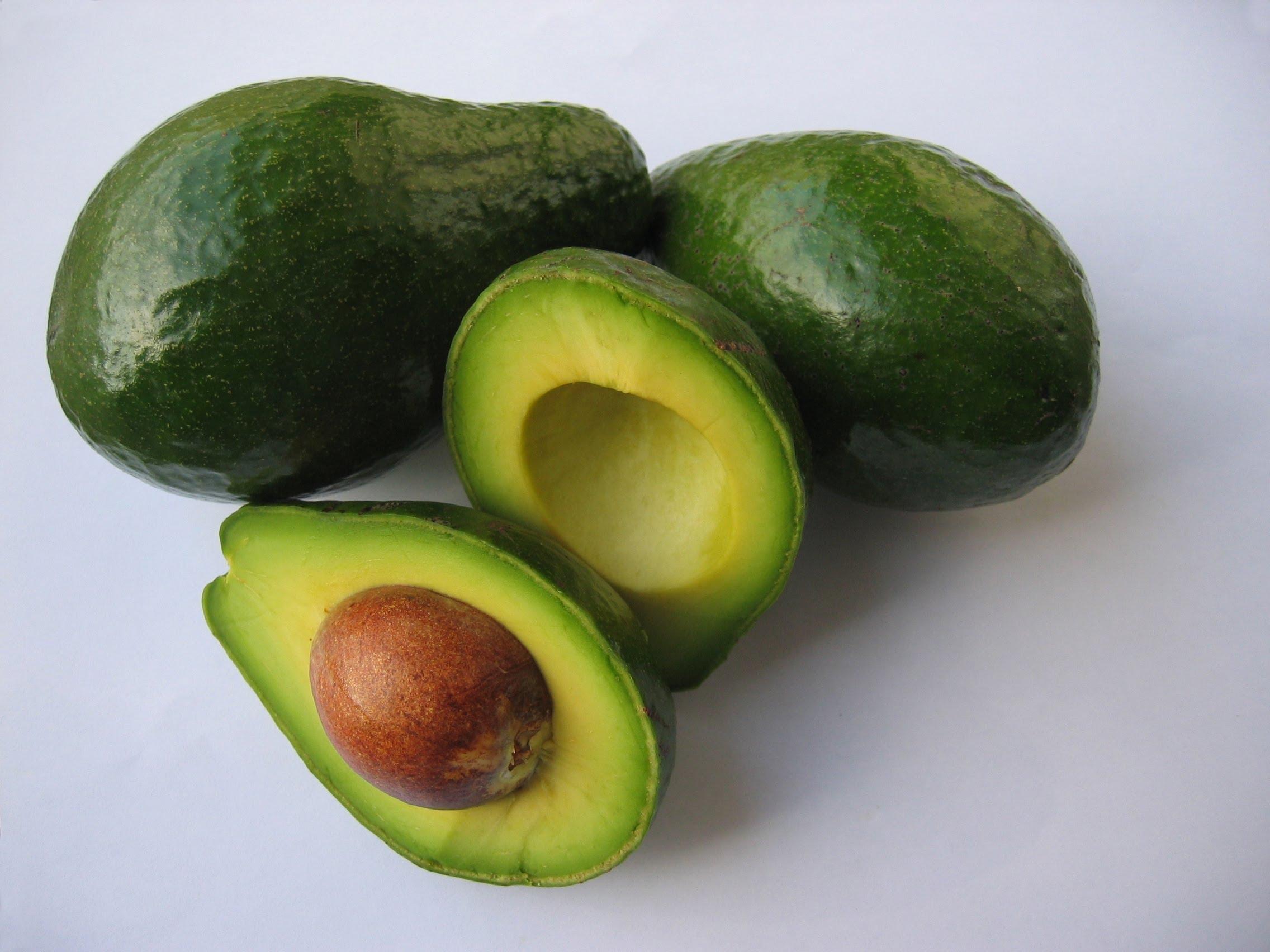 Экзотические фрукты Шри-Ланки авокадо