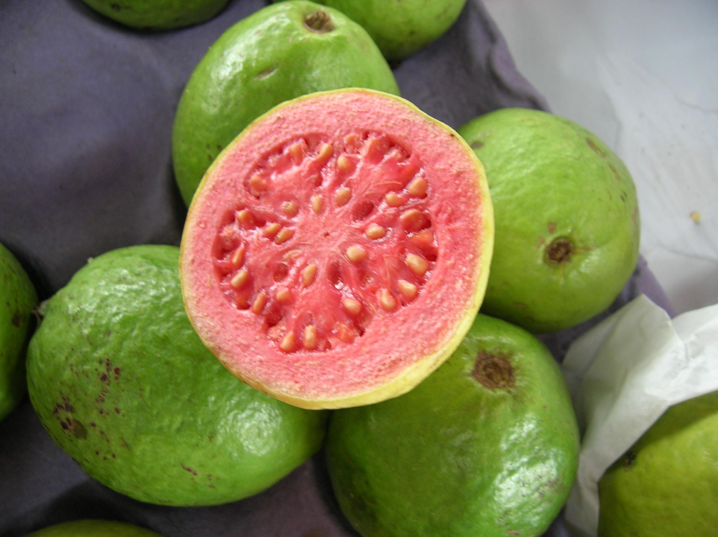 Экзотические фрукты Шри гуава
