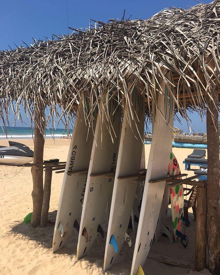 Хиккадува школа серфинга