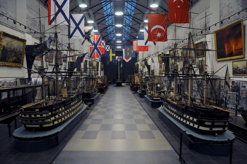 Военно морской музей в Питере