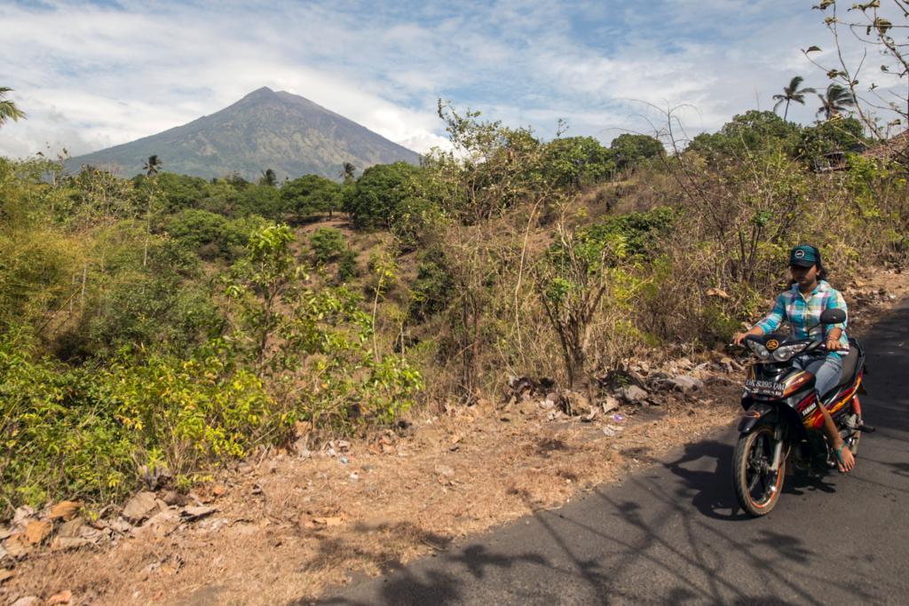 На мопеде к вулкану