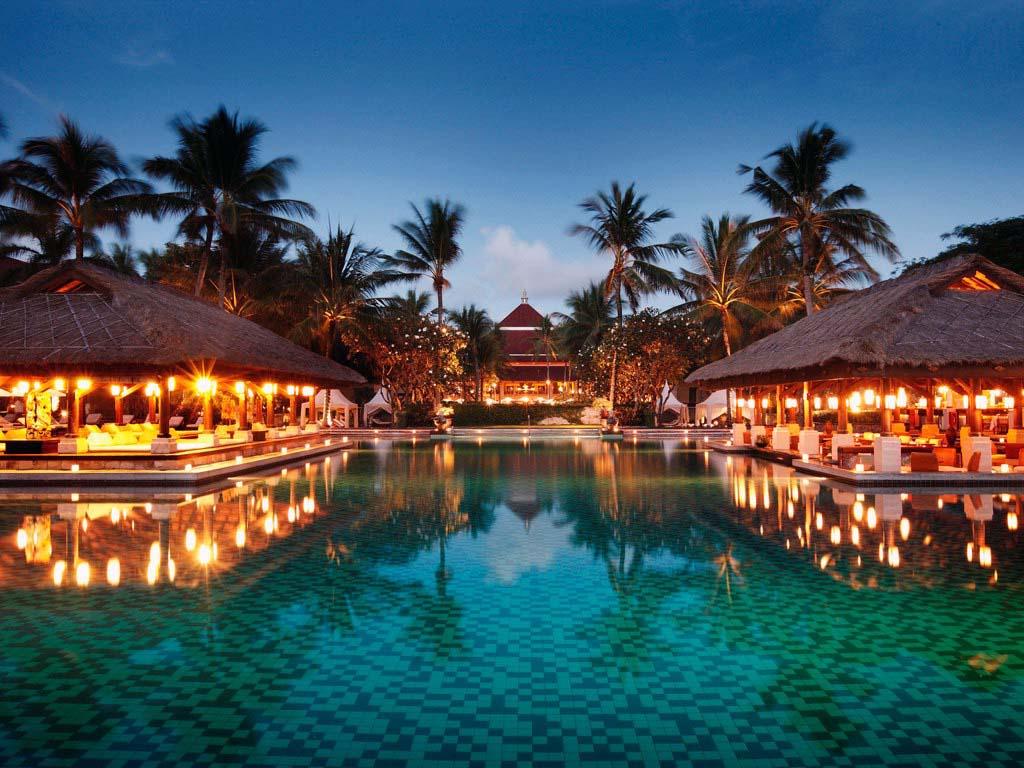 Бали уже ждет туристов на новый 2018 год