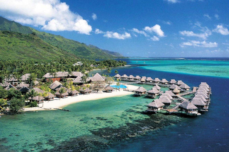 Прекрасный отель острова