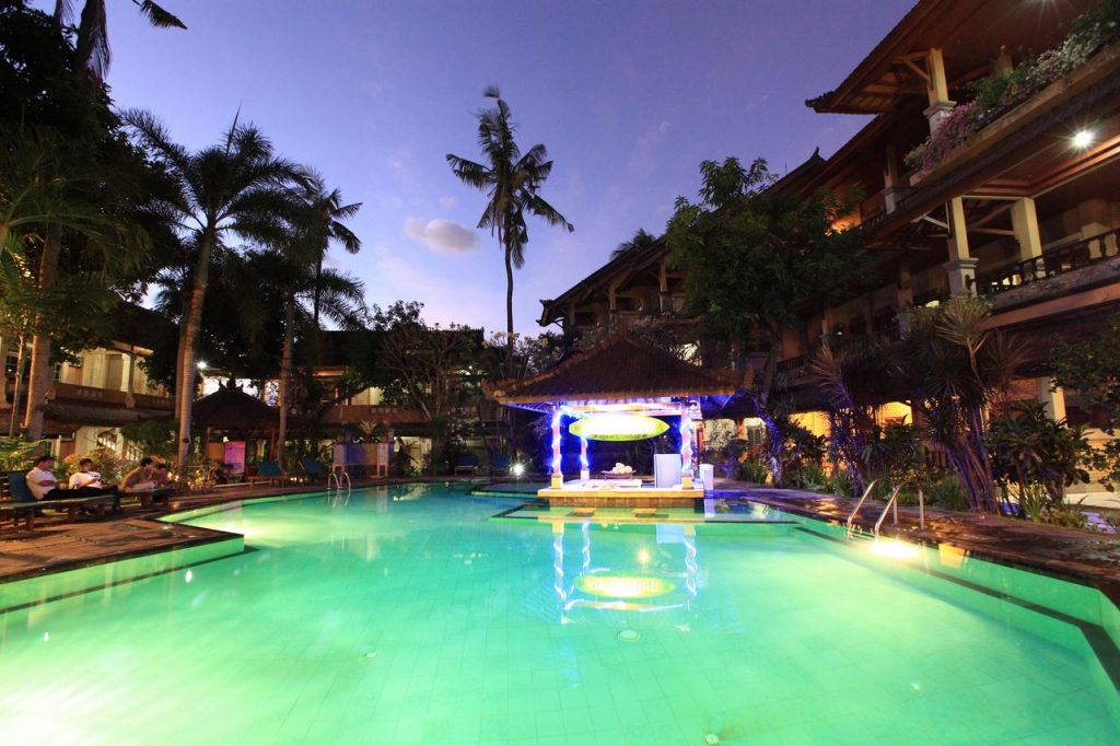 Прекрасный отель Poppies Bali