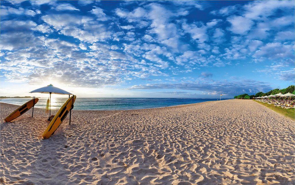 Прекснный пляж Бали