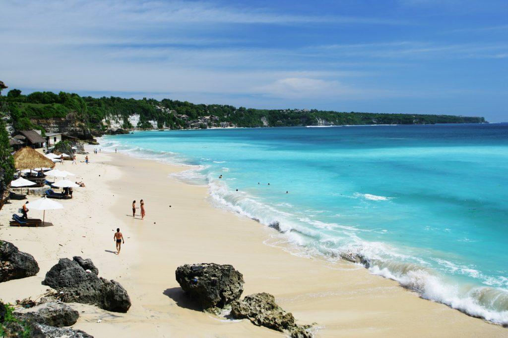 Чистейший пляж Джимбаран