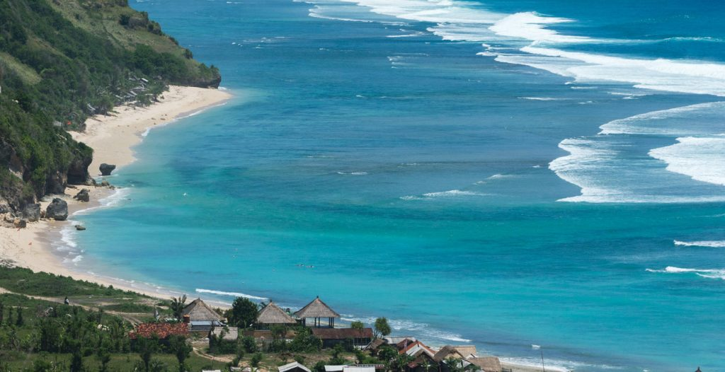 Чистый пляж Пандава