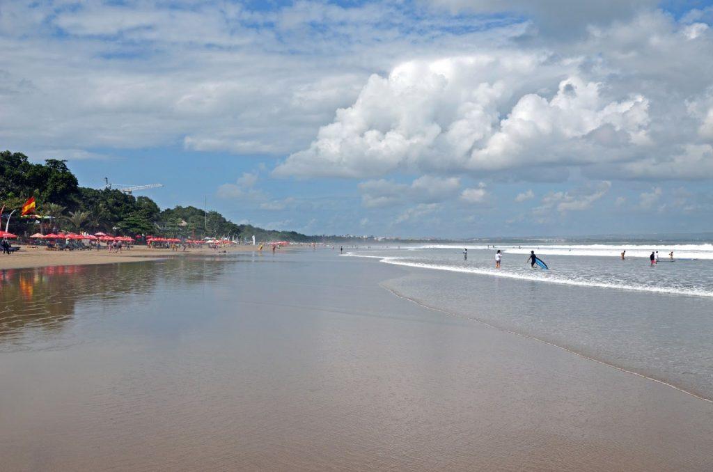 Огромный пляж Семиньяк