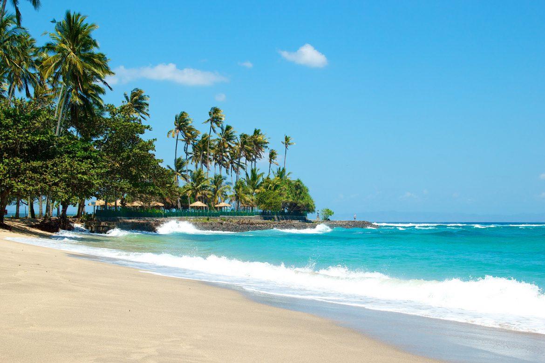 Удивительный пляж