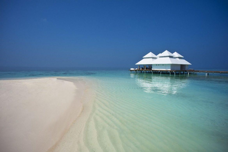 Прекрасный пляж острова