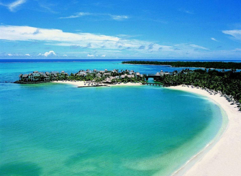 Чудесный пляж Беноа
