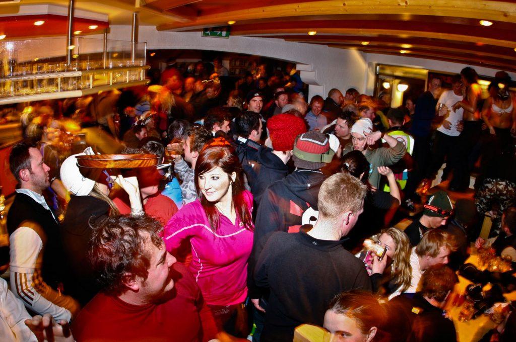 Ночной клуб Crazy Kangaroo