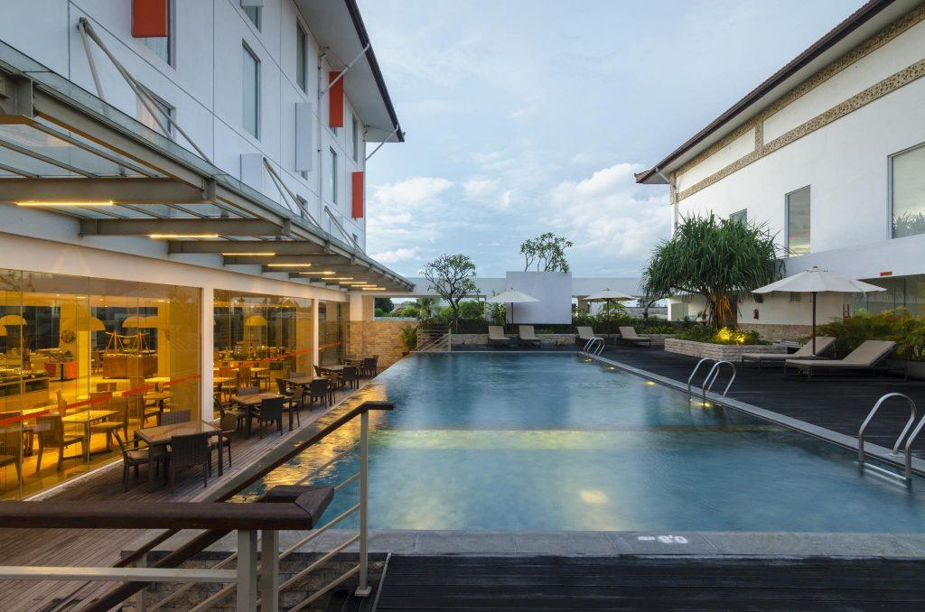 Люкс отель Harris Cokroaminoto Bali