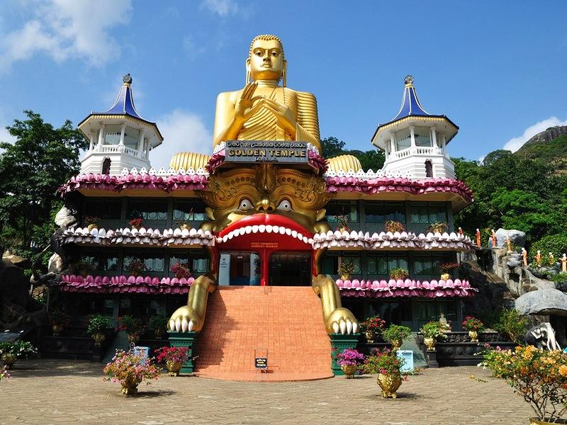 Вид храма Будды в Коломбо