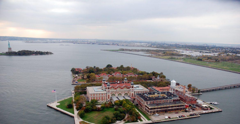 остров Эллис в Нью-Йорке