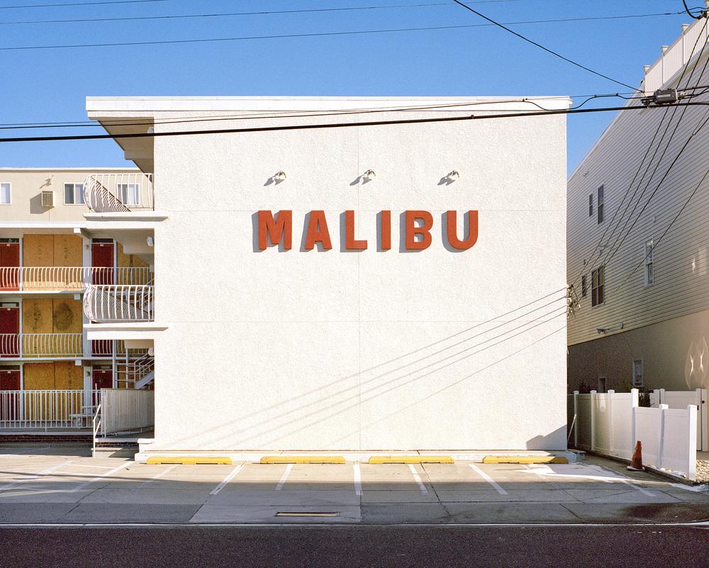 Отель возле пляжа Малибу