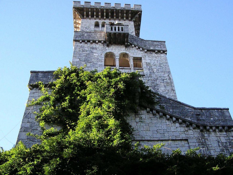 Смотрящая башня